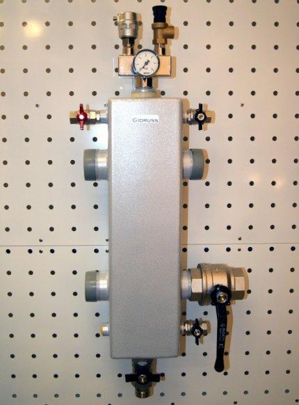 Гидрострелка GR-250-50 (G 2'' Ду-50 250 кВт)